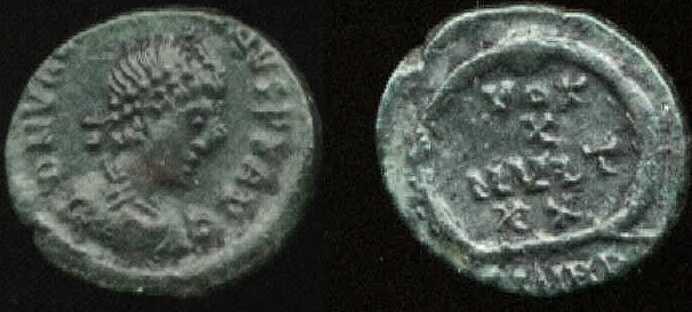 AE4 de Valentiniano II. VOT / X / MVLT / XX. Heraclea _heraclea_RIC_019b